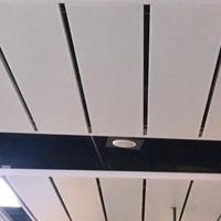 地铁站吊顶1.0孔木纹铝单板-1.8孔热转印刷铝单板-2.3孔铝幕墙