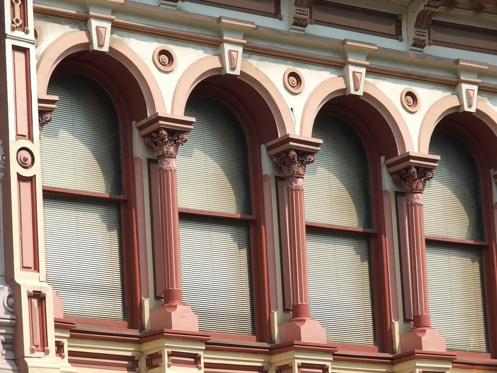 罗马柱多彩漆效果图 罗马柱是什么颜色的漆好看