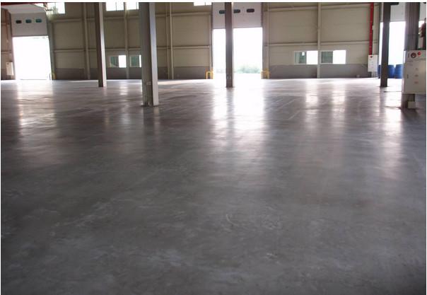 地坪漆多久才没毒 环氧地坪漆在装修使用时有没有毒