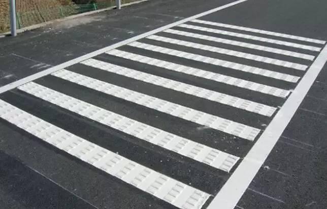 热熔震荡标线 热熔型道路标线施工价格