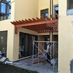 私人别墅木纹铝合金葡萄架产品  铝合金葡萄架定制