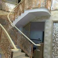 酒店欧式铝艺雕花楼梯护栏 玫瑰金旋转楼梯铝板镂空护栏
