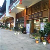 北京老街道改造装饰-仿古木纹铝窗花-德普铝厂家定制