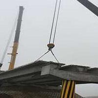 供西宁吊装设备租赁和青海16-400吨汽车吊租赁价格