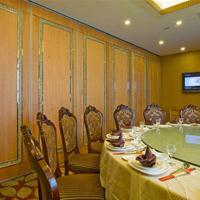 惠州餐饮折叠屏风隔音墙   深圳阁瑞85型活动隔断吊趟门设计