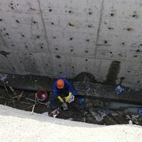 污水处理厂氧化池漏水补漏维修