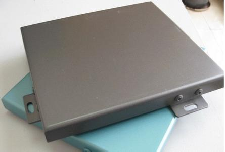 氟碳喷涂铝单板 使用氟碳喷涂铝单板时注意事项有哪些