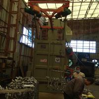 挂具脱漆吊钩式抛丸机广东大型喷砂机抛丸机设备红海优质制造商
