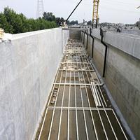 新污水處理池斷裂縫漏水補漏