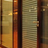 东莞办公室玻璃百叶隔断―双层玻璃隔断工厂