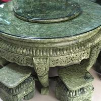 天然岫岩玉雕刻八仙桌