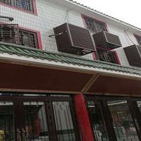 萍乡市街道改造铝窗厂家直销花木纹复古木纹仿古铝窗花