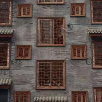南昌县整街改造铝合金仿木纹复古仿古铝窗花厂家直销