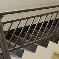 荆江 棕色黑色彩色安全舒适耐磨耐用锌钢楼梯扶手厂家