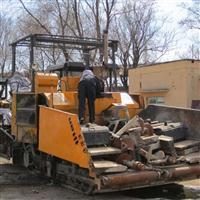 维修摊铺机 各种品牌 修理保养改造及配件销售 质量保障