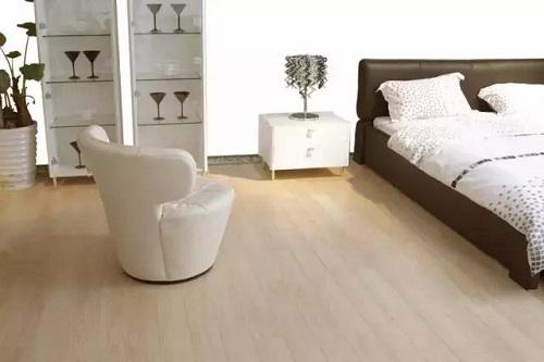 大自然复合地板的价格 强化复合地板厂家报价