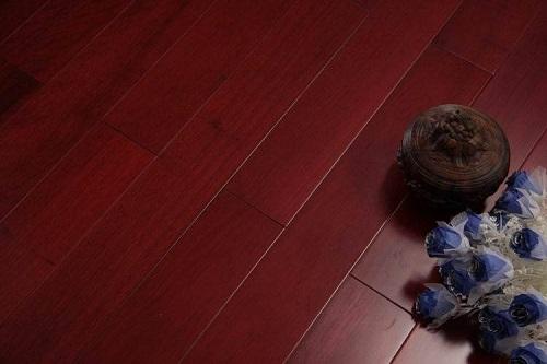 橡木地板和番龙眼优缺点 橡木地板和番龙眼比较