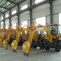 厂家直销4.5吨轮式动臂180?旋转挖掘机