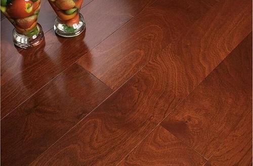 地暖适合铺什么木地板 多层实木地板适合地暖吗
