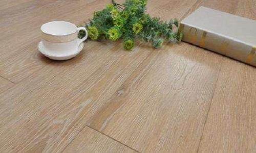 栎木地板的优缺点 栎木橡木的区别