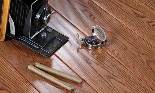 强化复合地板的价格 强化复合地板铺完多久可以入住