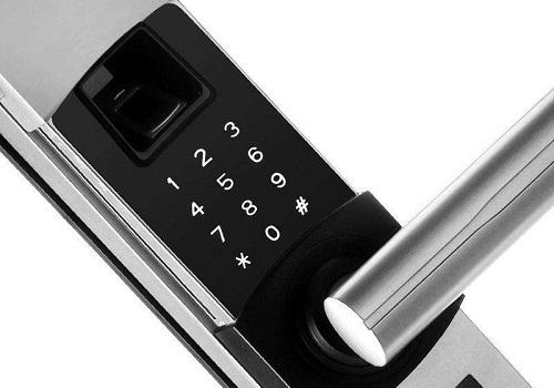 换指纹锁需要换门吗 机械锁和指纹锁哪个好