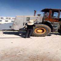 挖掘机翻新除锈脱漆喷砂机