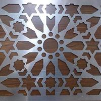 【铝花格古典木纹铝窗花屏风】酒店专用型材冰裂花式铝花格铝隔断