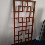 定制艺术学校装饰木纹铝窗格-创意仿古铝格栅花格厂家