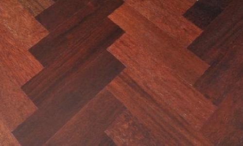 地砖上面能铺木地板吗 地砖上面铺木地板的注意事项