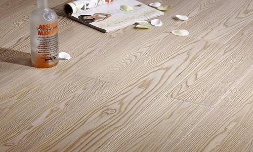实木地板什么材质好 实木地板材质种类及优缺点