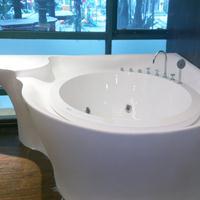 人造石材浴缸
