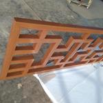 定做仿木色铝制品窗棂格-仿古铝合金花格厂家