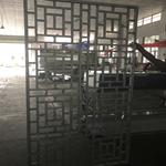 厂家专业定制铝合金花格窗/仿木色铝合金花格窗/复古铝花格窗