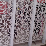 专业开发阳台包装雕刻铝窗花_广州雕刻铝窗花生产厂家