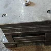 供兰州海石湾模具生产和红古冷冲模具