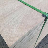 山东厂家直销九里包装板价格表面平整度好绿色环保九里包装板