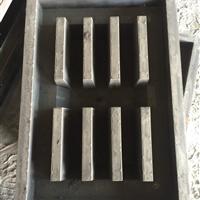 保定玉达供应方形水篦子模具  圆形井盖钢模具   资源合理化