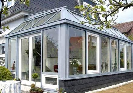 铝合门窗加盟店 如何成功运营铝合金门窗加盟店