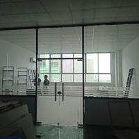 东莞市空间墙面玻璃隔断工程施工队