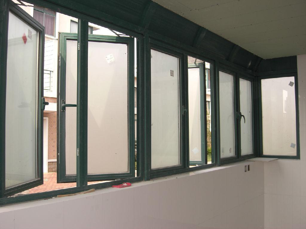 铝合金门窗批发价格表 重庆市铝合金门窗配件批发在哪里