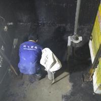 电梯基坑防水堵漏电梯基坑渗漏水咋处理找鸿飞