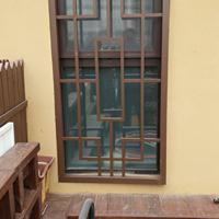 浙江街道装饰咖啡色铝窗花 仿木色铝合金花窗格生产厂家
