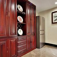 湖南长沙纯原木家具装修经验、原木橱柜、餐边柜订做工厂商店