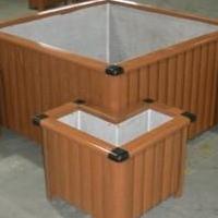 厂家定制长方形仿木纹铝合金花箱-道路护栏绿化铝花盆