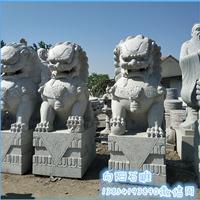 青岛精雕花岗岩石狮子大门石狮子镇宅石狮子成批出售价格
