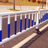 市政道路隔离栏 京式护栏价格 马路中间隔离栅  护栏厂家
