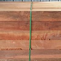 山樟木板材加工多少钱一方,山樟木实木加工厂