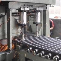 大量供应钢格板,镀锌钢格板,钢格盖板,镀锌钢格板生产厂家宝旭
