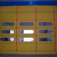 旭日环照生产停车场堆积门提供安装